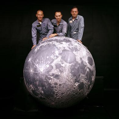 História- fotos da conquista da lua ,memoráveis!!!!!!!!!  Apollo-11-Apollo-11-Crew--007