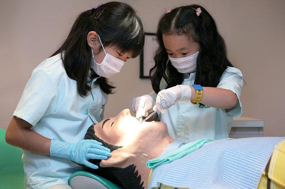 الاطفال في اليابان ماذا يتعلمون...؟؟؟؟؟ Kidzania-Tokyo-Integrate--002