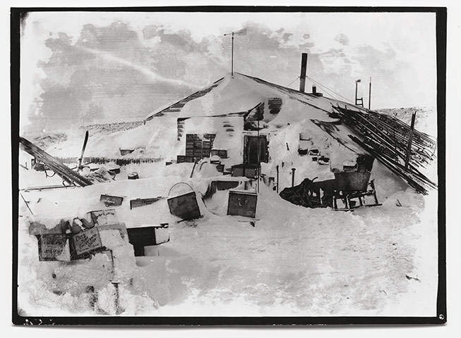 The literature of polar exploration An-image-from-The-Lost-Ph-002