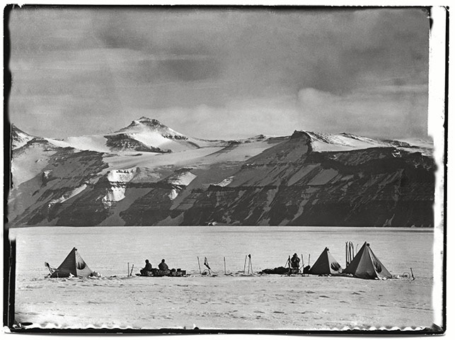 The literature of polar exploration An-image-from-The-Lost-Ph-006