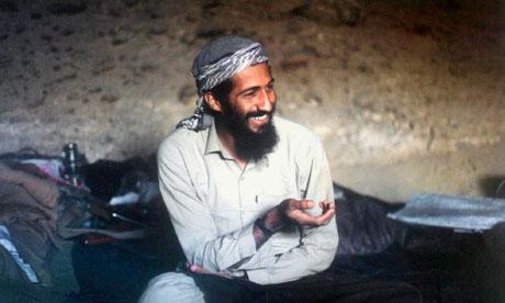 HANDS - Osama bin Laden Osama-Bin-Laden-in-a-cave-008