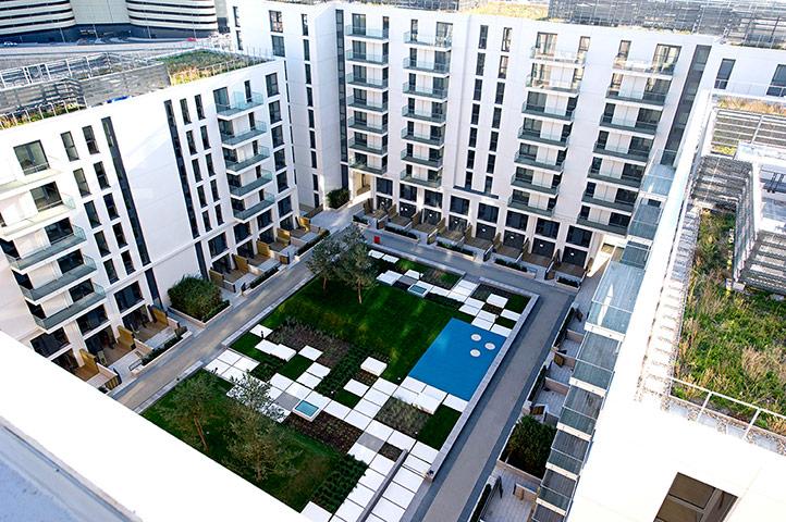 Iain Sinclair: London 2012 Olympics development project provokes Welsh psychogeographer's rage N7-Courtyard-006