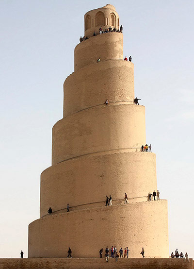 Favourite buildings Spiral-Minaret-of-the-Gre-005