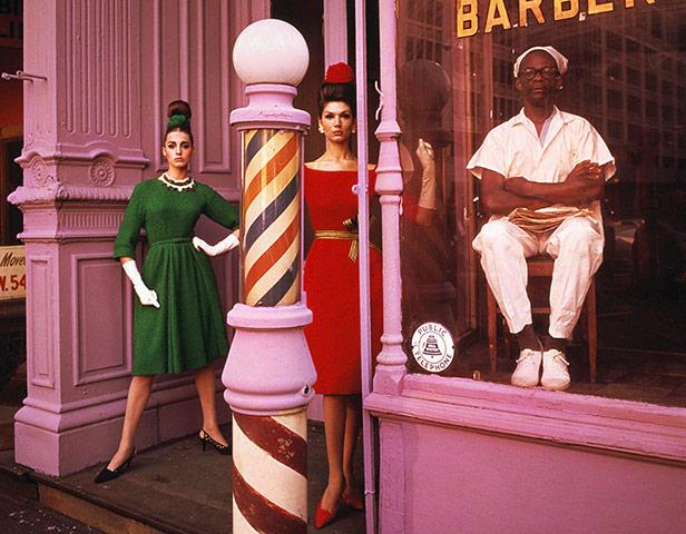 Photographer William Klein Antonia-Simone-Barbershop-001