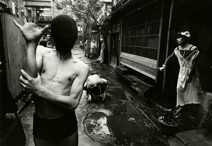 Photographer William Klein Dancers-interpret-Genet-s-003