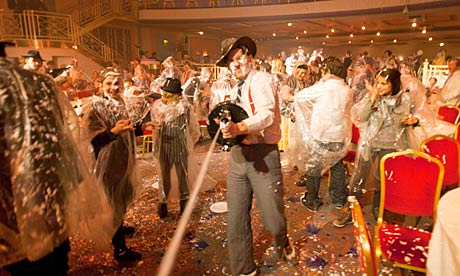 Bugsy Malone Families-take-part-in-the-008