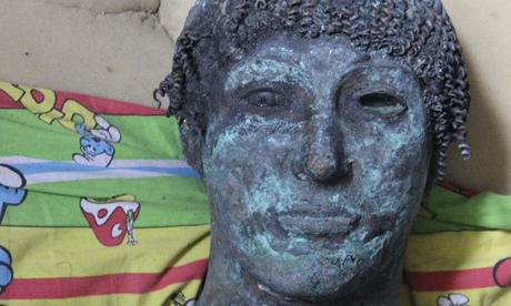 'Priceless' bronze statue of Greek god Apollo found in Gaza  A-bronze-statue-of-the-Gr-009