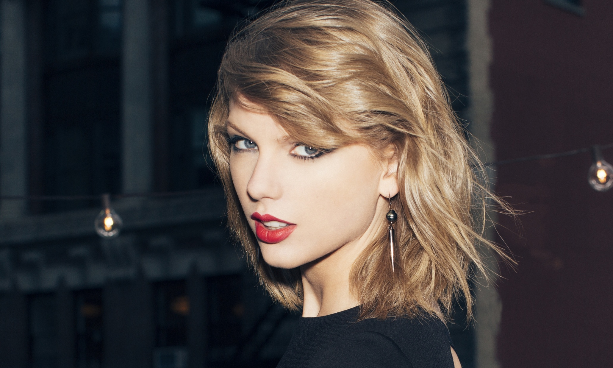 Taylor Swift (para fans de Ryan Adams) 18839f21-608b-4acd-a2aa-a944db3e15e7-2060x1236