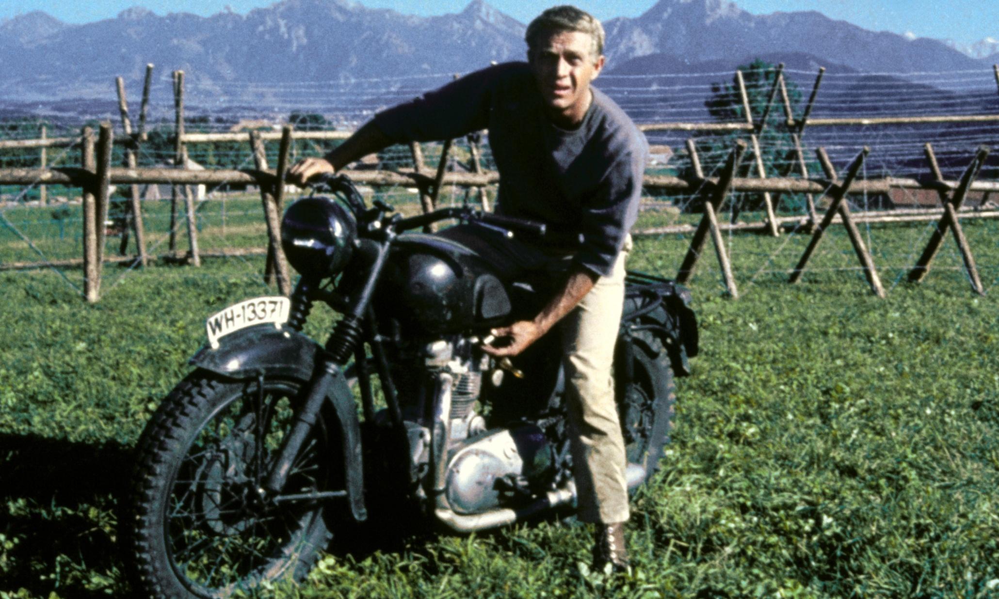 Vieilles photos (pour ceux qui aiment les anciennes photos de bikers ou autre......) - Page 2 6518eafe-2823-4af4-9879-bd5b4008d26c-2060x1236
