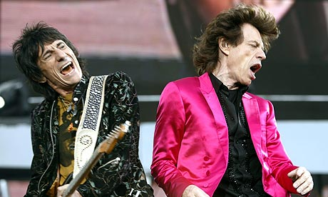the Stones - Page 3 Ronnie-Wood-and-Mick-Jagg-001