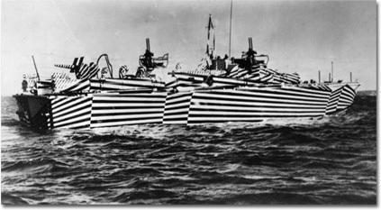 Des bateaux trompe l'oeildurant la 2e GM 160157
