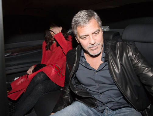 Triple date! George and Amal Clooney enjoy dinner with famous friends Matt Damon, Cindy Crawford and their significant others Oct 3, 2015 Amalpaaav150_503_vi