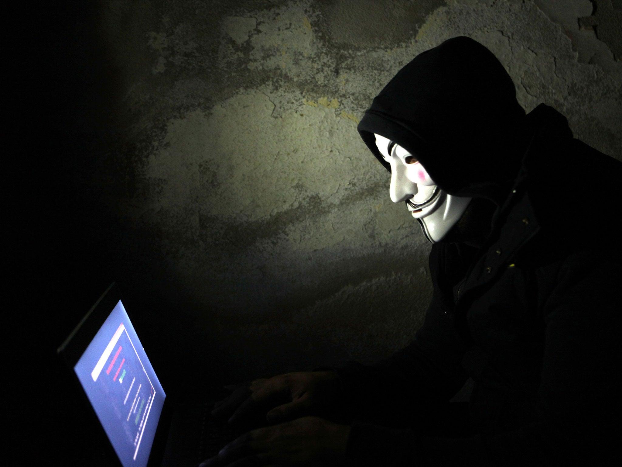 Disa fakte që nuk i dinit rreth grupit te famshem te hackerave Anonymous Hackers-cyber-crime-anonymousv1