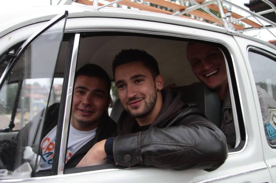 Četiri prijatelja iz Sarajeva u Bubi staroj 42 godine putuju u Madrid 120914114.4_xl