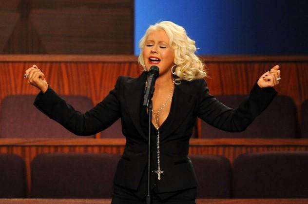 Christina Aguilera: Volim pokazivati svoje poprsje B_120906009