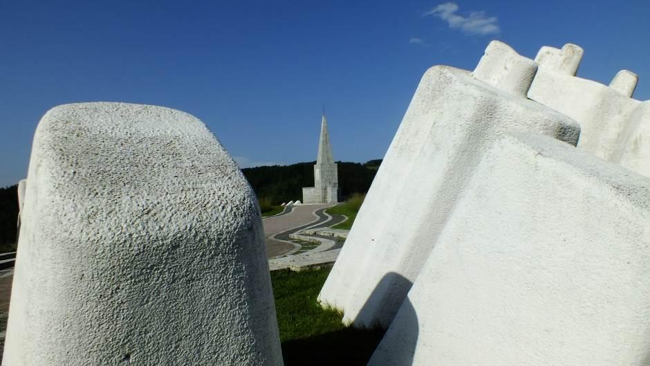 Споменици  Kadinjaca-3