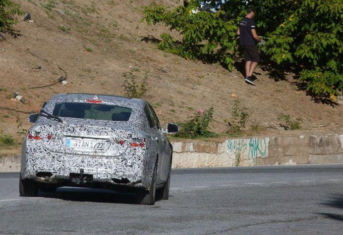2017 - [Opel] Insignia Grand Sport [E2JO] - Page 5 Opel-Insignia-2017-spyshot-2
