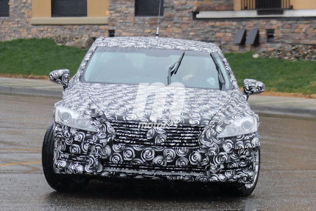 2016 - [Lexus] LS  Lexus-es-mula-201627857_1