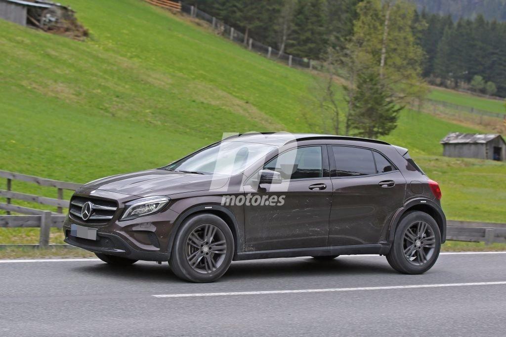 2018 - [Mercedes-Benz] GLB Mercedes-benz-glb-2018-chasis-test-201627905_3