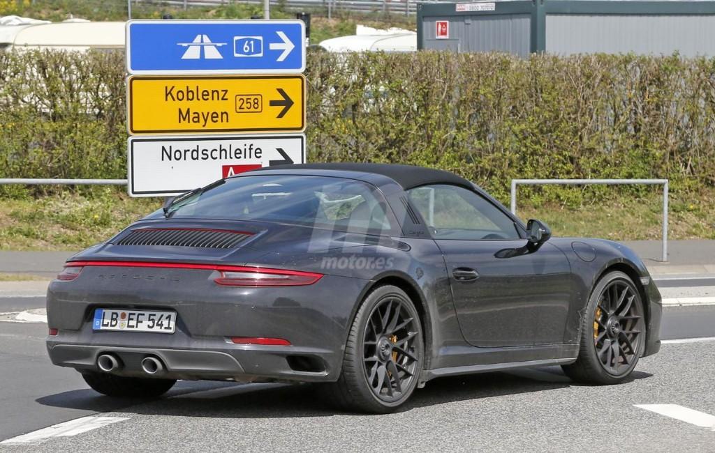 2015 - [Porsche] 911 Restylée [991] - Page 10 Porsche-911-gts-2017-fotos-espia-201627832_10