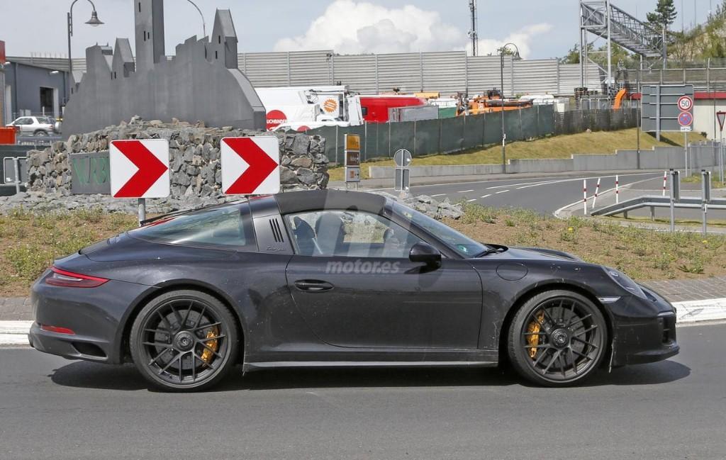 2015 - [Porsche] 911 Restylée [991] - Page 10 Porsche-911-gts-2017-fotos-espia-201627832_6