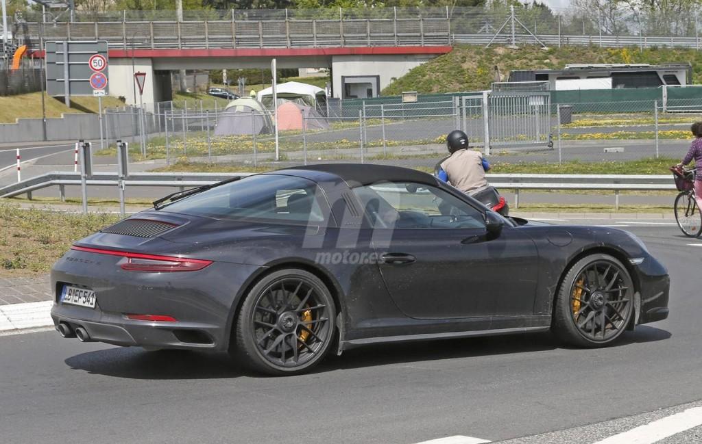 2015 - [Porsche] 911 Restylée [991] - Page 10 Porsche-911-gts-2017-fotos-espia-201627832_7