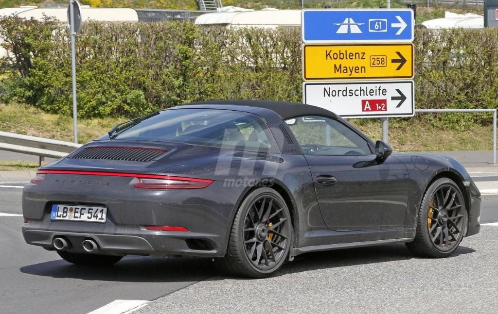 2015 - [Porsche] 911 Restylée [991] - Page 10 Porsche-911-gts-2017-fotos-espia-201627832_8