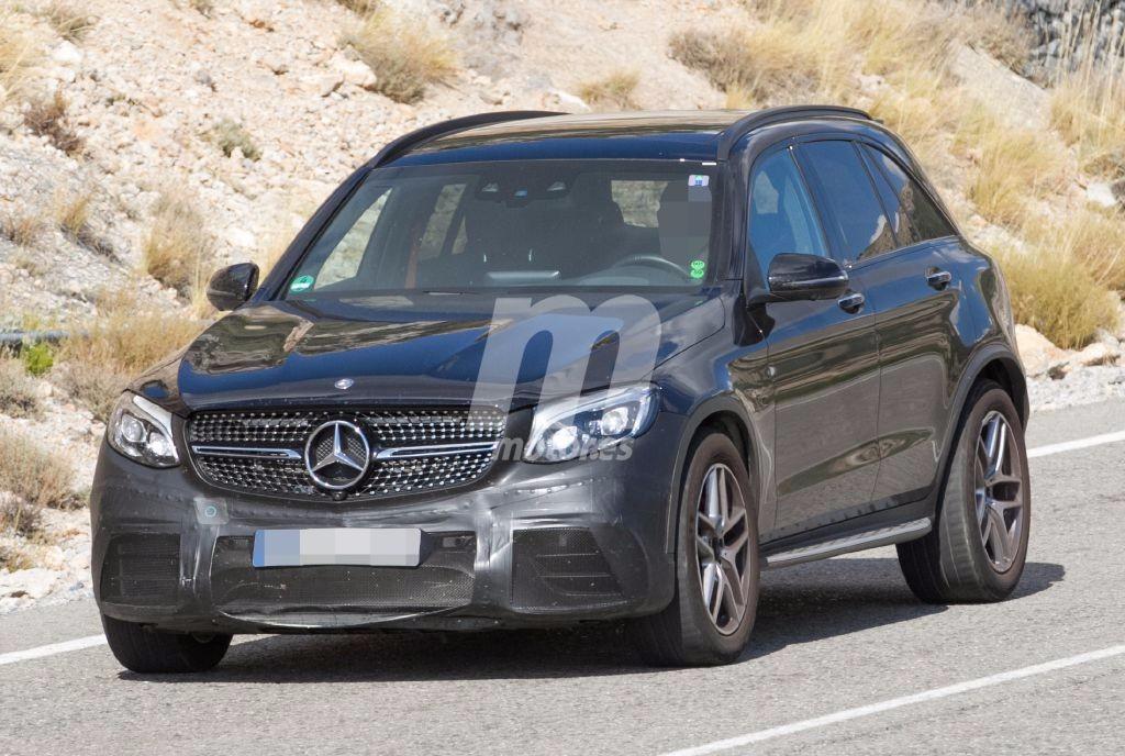 2015 - [Mercedes] GLC (GLK II) [X205] - Page 16 Mercedes-glc-63-amg-201630796_1