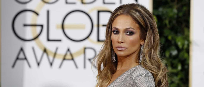Bolo de aniversário de Jennifer Lopez entregue na morada errada Naom_54c16d8349236
