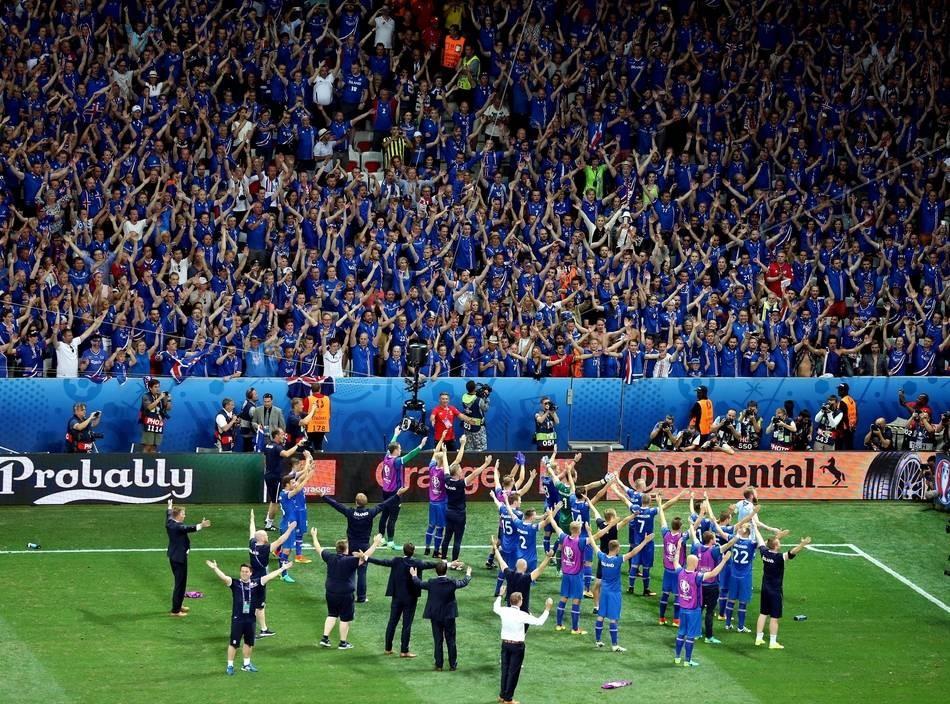 Sondeo Euro 2016 - Página 10 Efe_20160627_230424_pa05691islandia_19262_11