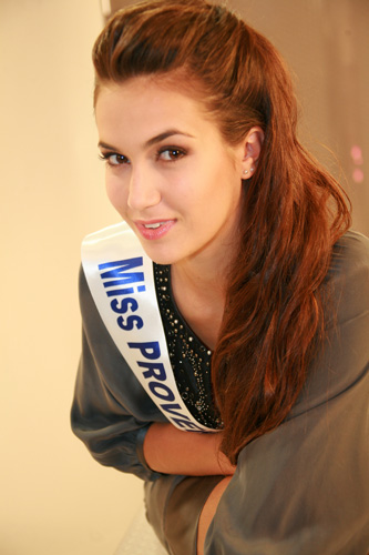 Election de Miss France 2011 - Page 4 Provence%20portrait%20500