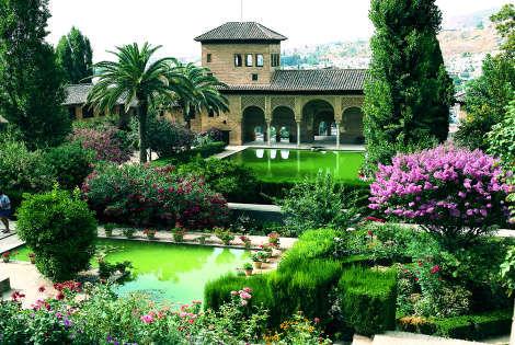 Là où j'aimerai aller L-alhambra-a-grenade_3197_pghd