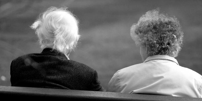 Forumaši u starosti - Page 4 Stariji-ljudi-par_660x330