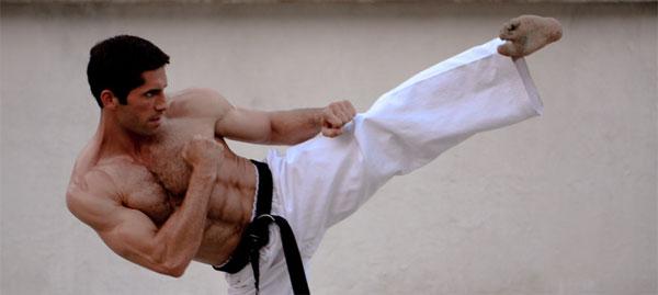 Scott Adkins Ninja-Mika-Hijii-Scott-Adkins-19