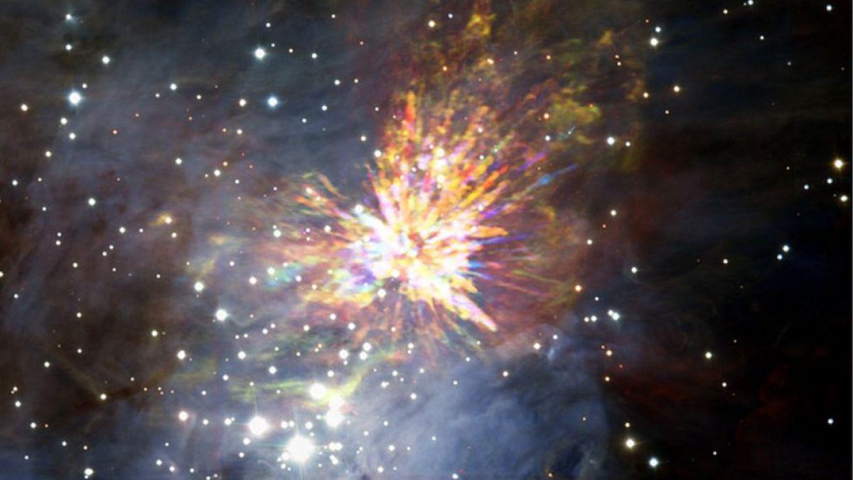 Imágenes del nacimiento de una estrella captadas por el telescopio ALMA en Chile 1494416405-95997428170407a