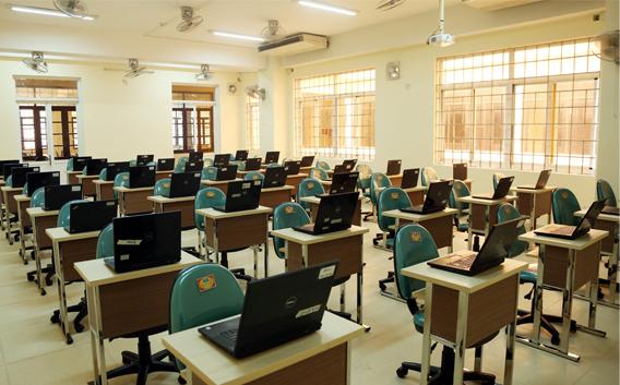 Trung tâm Huấn luyện và Khảo thí (LTC) tại ĐH Duy Tân Anh2_vehm