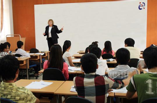Trung tâm Huấn luyện và Khảo thí (LTC) tại ĐH Duy Tân Anh3_xtkc