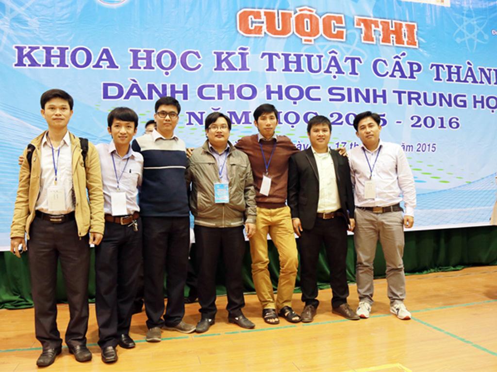 ĐH Duy Tân trong vai trò hỗ trợ thi Khoa học kỹ thuật THPT Dhduytan_fgsh