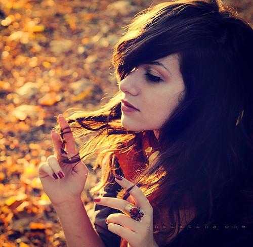 ... rincones para ... perdernos .... - Página 6 Tumblr_static_fall-girl-darkhair