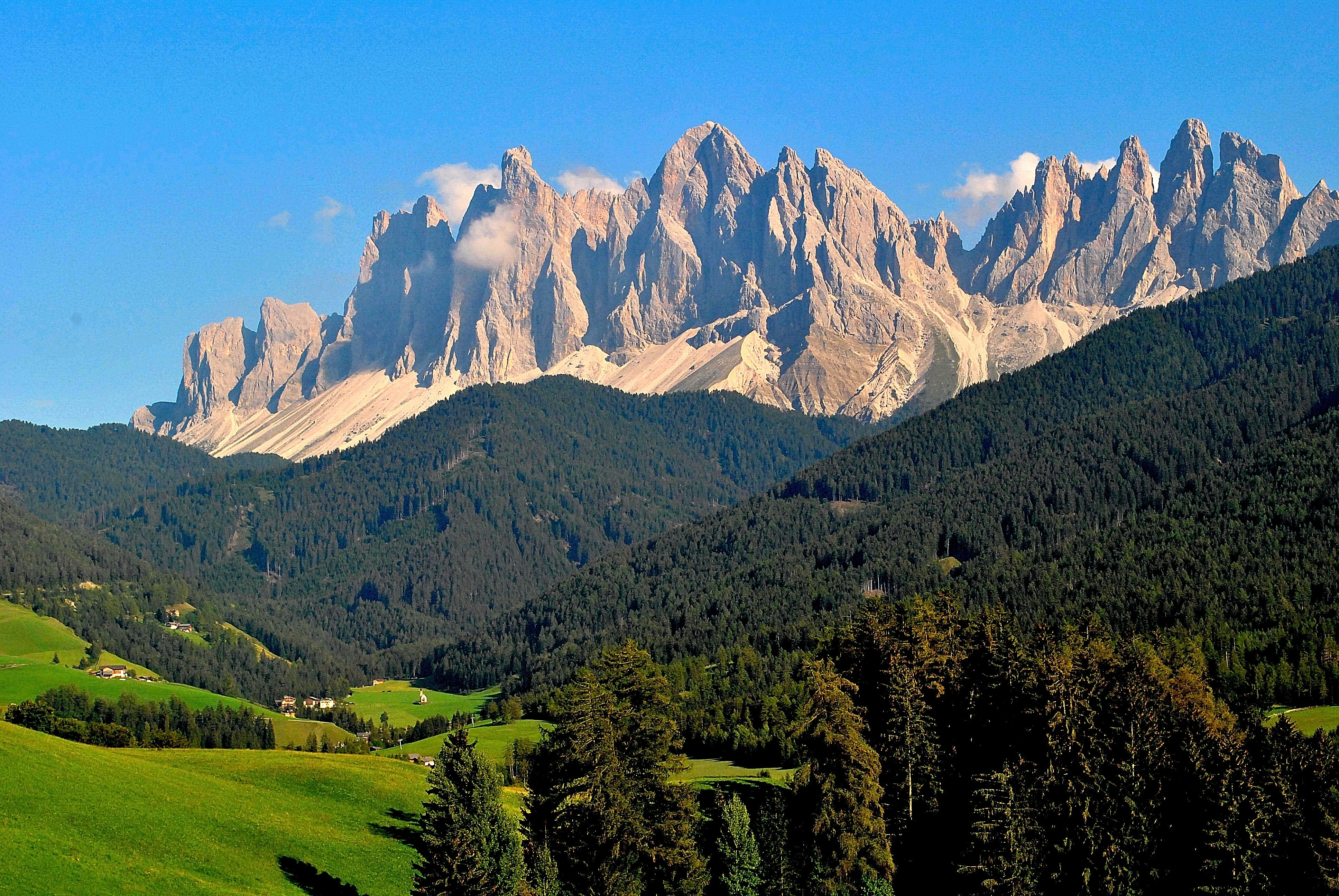 Pics of places that look like places from the films, or are just nice. [2] - Page 4 Trentino-alto-adige_n3yae.T0