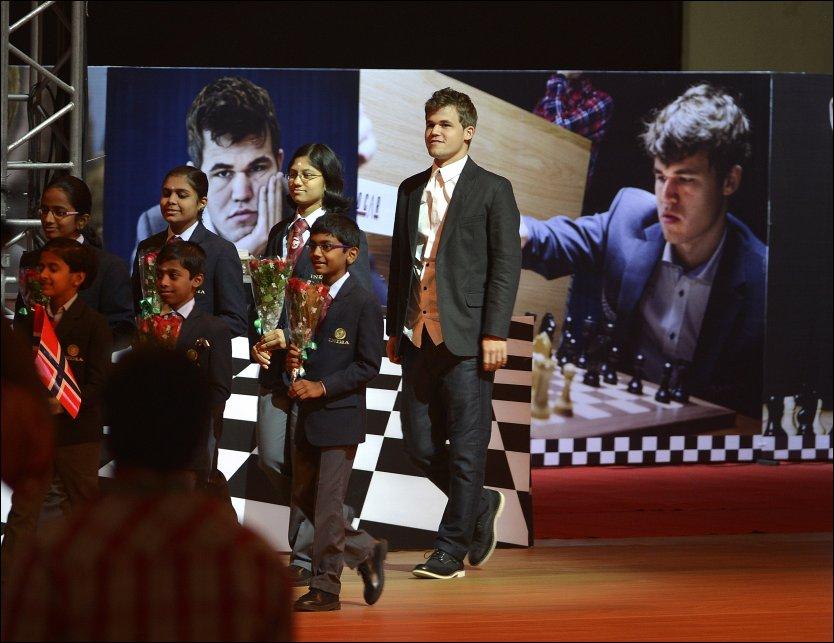 FIDE World Chess Championship 2013 / Сhennai , India 1383831064398_447