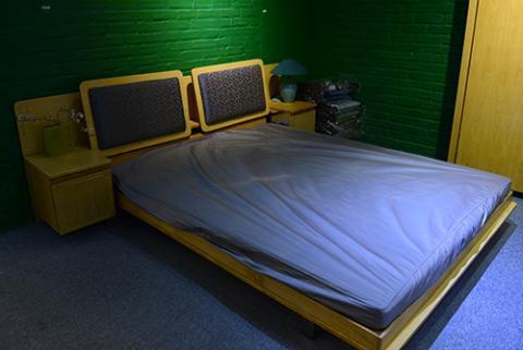 Giường kiêm tủ quần áo, bàn ăn Giuong-tu-guong-2