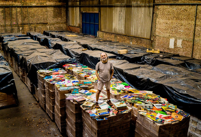 The Brazilian Bus Magnate Who's Buying Up All the World's Vinyl Records Mag-10Collector-t_CA0-master675