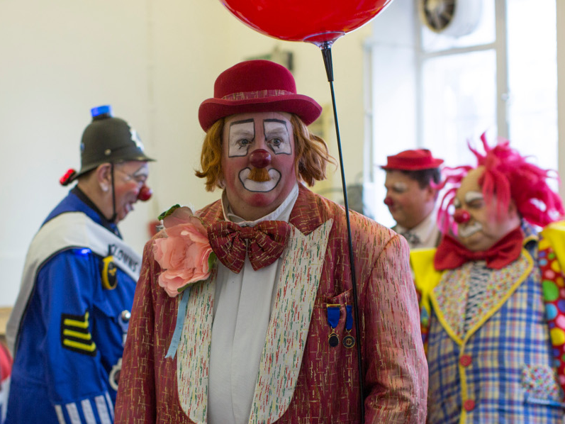 Od suze do osmeha... Professional-clowns-blame-it-for-a-drop-in-business
