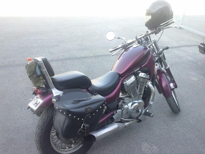 M-Suzuki Intruder VS-750 24586771fd3ee1_l