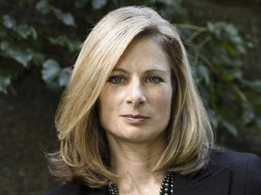 Who Is This - Page 20 Lisa-randall-brings-theoretical-physics-to-the-masses