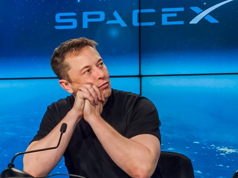 Failure Elon 'The Tweeker' Musk pulls plug on plan to take Tesla Private Elon-musk-spacex-relaxed-bored-leaning-falcon-heavy-dave-mosher-business-insider-4x3