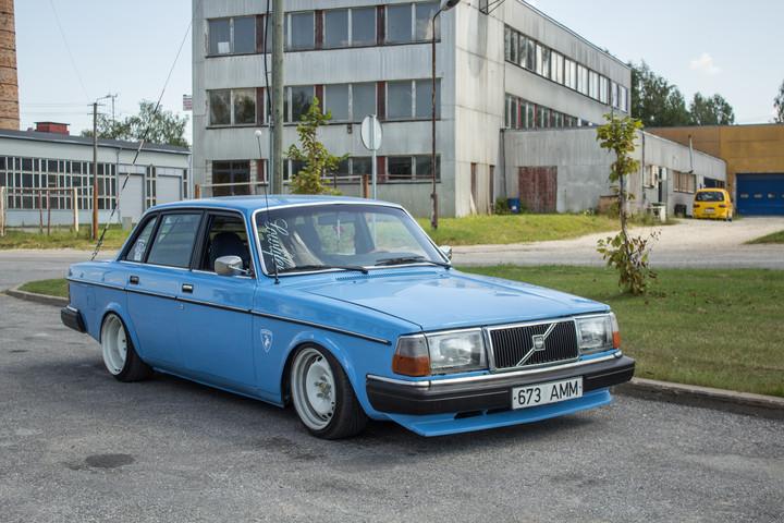 Ollu: Volvo 240 B230FT 0107037837cd8b0