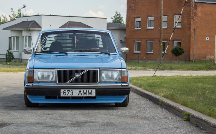 Ollu: Volvo 240 B230FT 01070378414622c