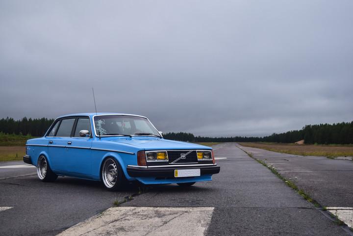 Ollu: Volvo 240 B230FT 0110316677af646